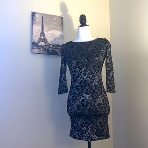 ECLIPSE | long sleeve lace dress
